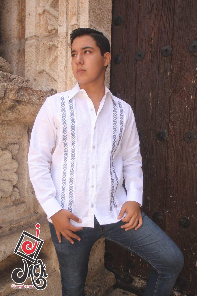 Guayabera modelo Martin